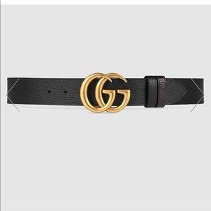 Reversible Gucci belt. Black & Dark Brown.